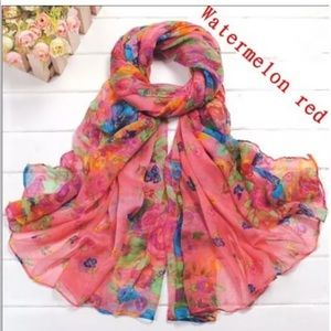 NEW! Floral Scarf